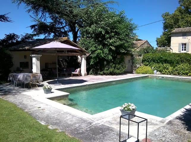 Lourmarin suite in le Mas des Lônes - Oppède - Bed & Breakfast