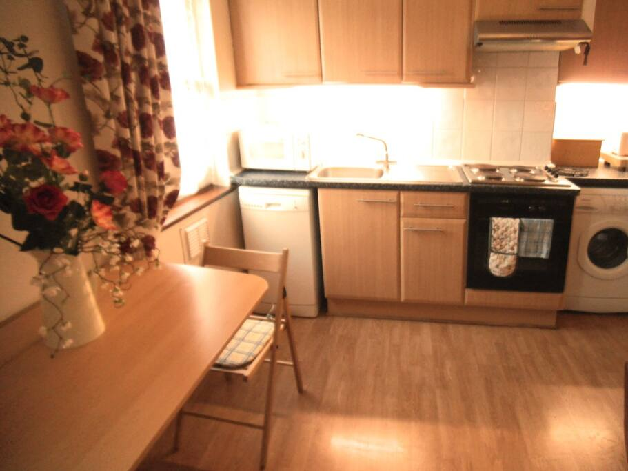 Fully equipped kitchen with dishwash, fridge and washing machine all cooking utensils and crockery etc supplied