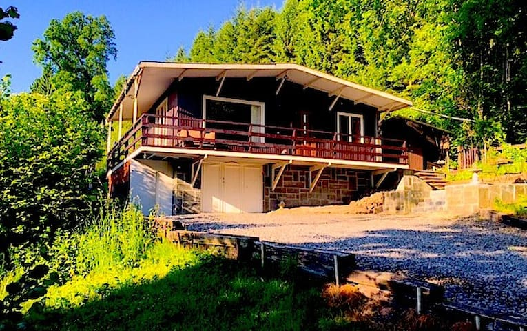 Spacious chalet in the Ardennes - Lierneux - Dağ Evi