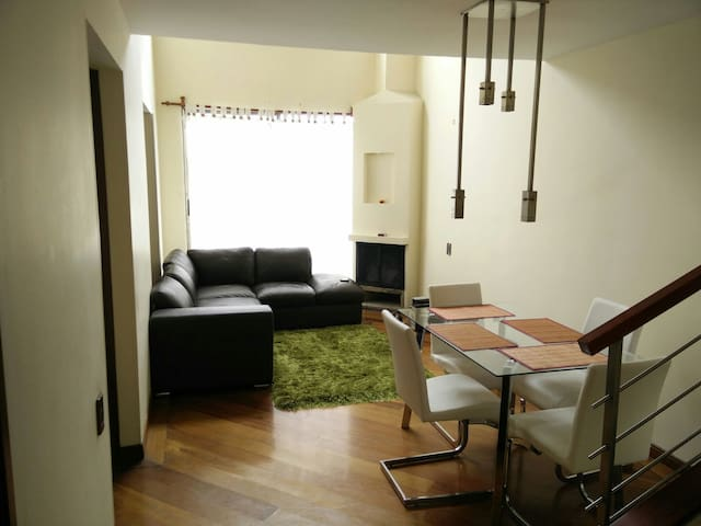 Nice room in duplex apartment - Bogotá - Apartment