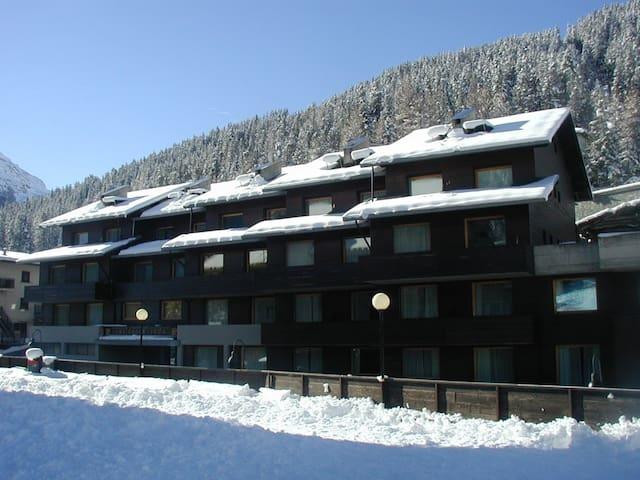 monolocale 4 A sulle piste da sci - Santa Caterina di Valfurva