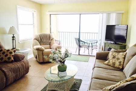 This beautiful and spacious three bedroom, two bathroom corner unit condo is located right on the Gulf of Mexico in Madeira Beach. Stay at our place and enjoy beautiful ocean views and sunsets right from the balcony!