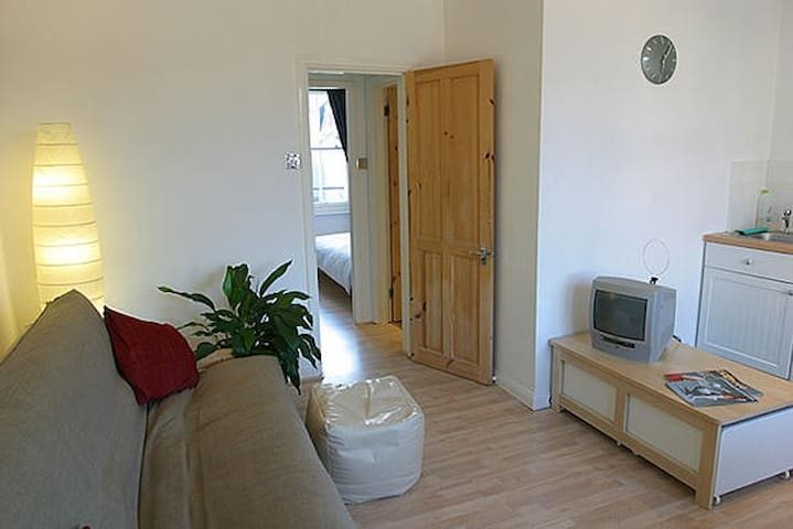 Lovely One Bed Flat, Cen. Brighton - Brighton - Apartment