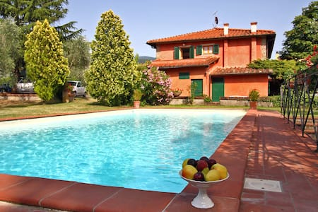 Villa in Tuscany with Private Pool - Reggello