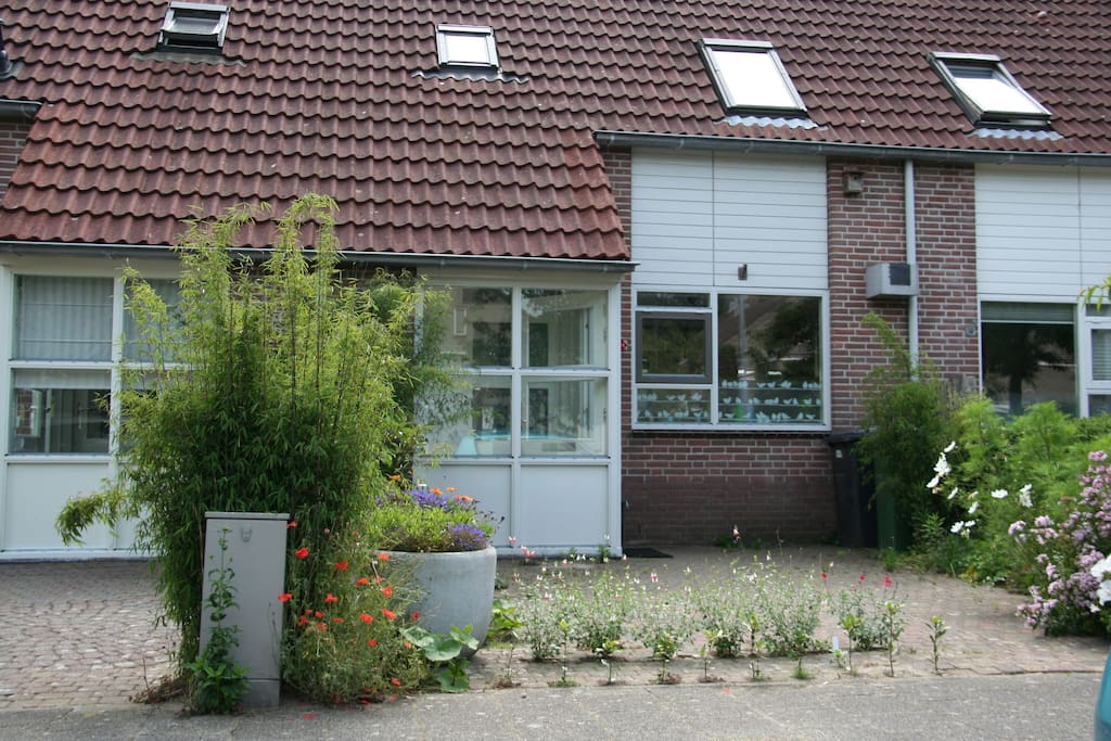 House near beach and amsterdam case in affitto a heiloo for Case amsterdam affitto