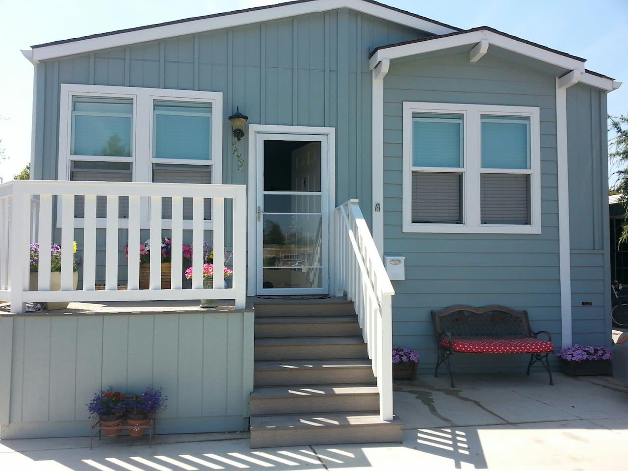 Cute  home that has a wonderful open feel inside!