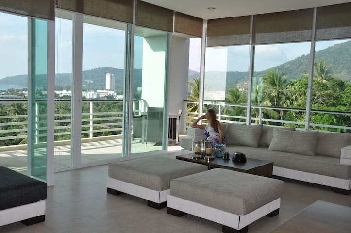 Luxsery Amazing Sea View Karon Beach 2BDR+ 164sqm - 무앙 푸켓 - 아파트(콘도미니엄)