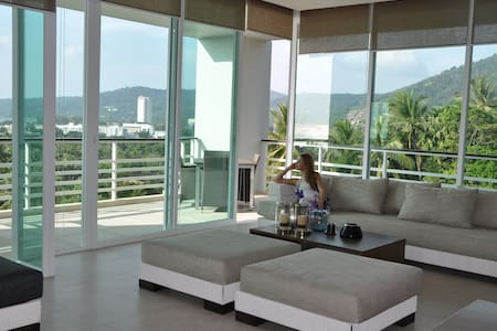 Luxsery Amazing Sea View Karon Beach 2BDR+ 164sqm - Mueang Phuket - Kondominium