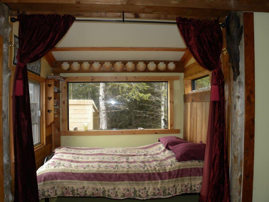princess bed in bay