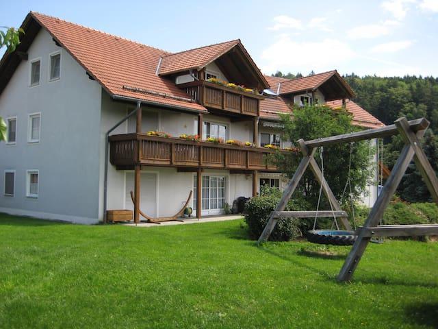 Bauernhofurlaub, Ferienwohnung, - Brennberg - Apartamento