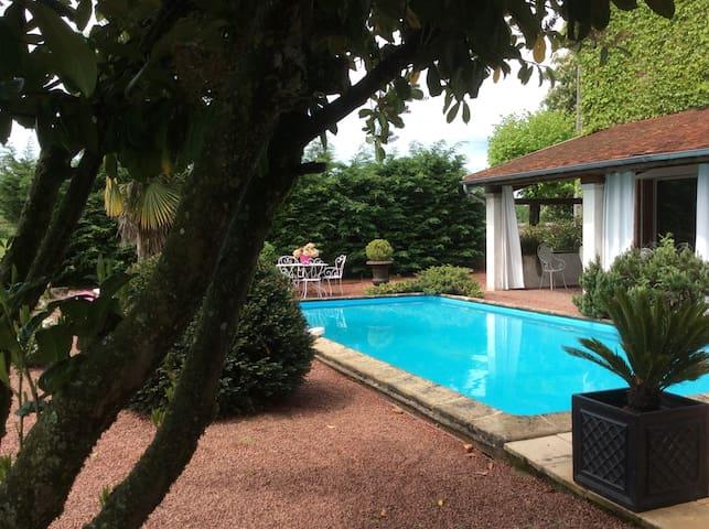 Chambres d'hôtes en charolais - Baron, Saône-et-Loire - Oda + Kahvaltı
