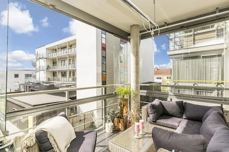 Fully equipped, modern apt. w/parking - Trondheim - Pis