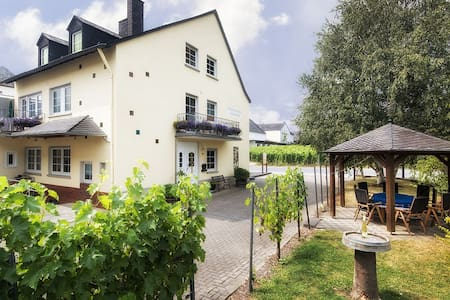 "Winery apartment ""Classic"" - Trittenheim - Apartament"