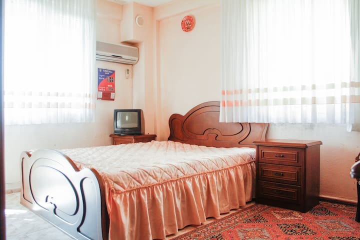 Room in Villa Between Cesme & IZMIR - Urla - Villa