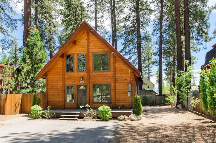 Lakeview House-Steps from the Beach - Tahoe Vista - Hus
