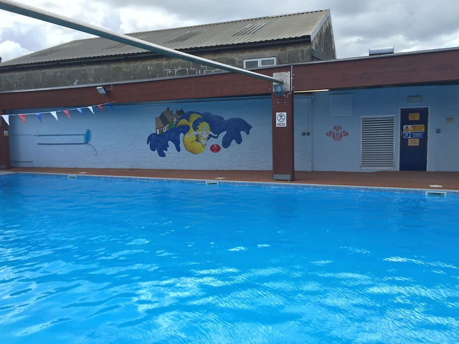 A lovely large, heated swimming pool just a few yards away ( open to Oct)