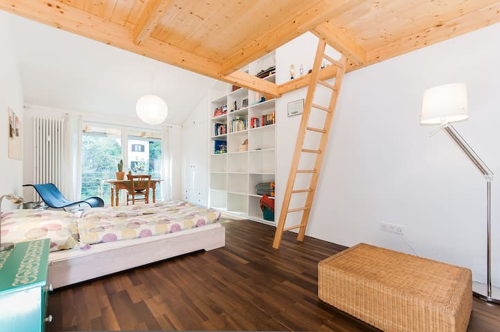Friendly modern B&B, Munich, II - Schäftlarn - Гестхаус