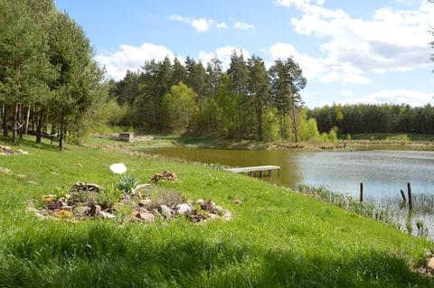 hütte mitten im Nirgendwo + privater Teich+3 ha