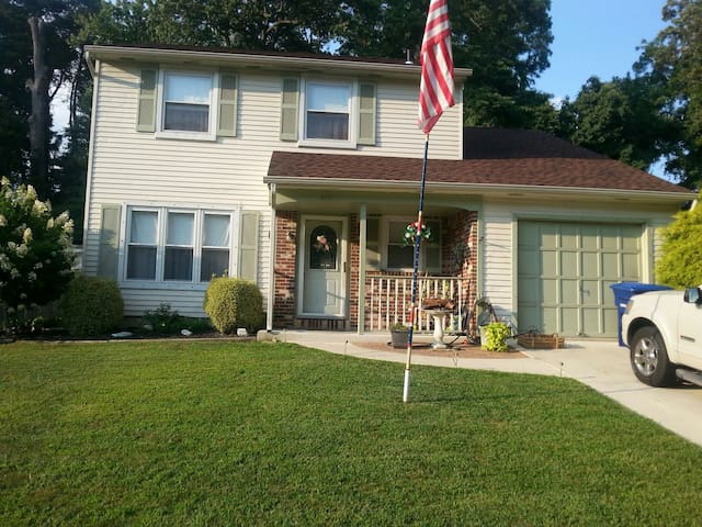 Lovely home clean smoke free - Westampton - Hus