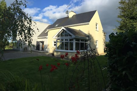 Twin room 6 miles from Clonakilty