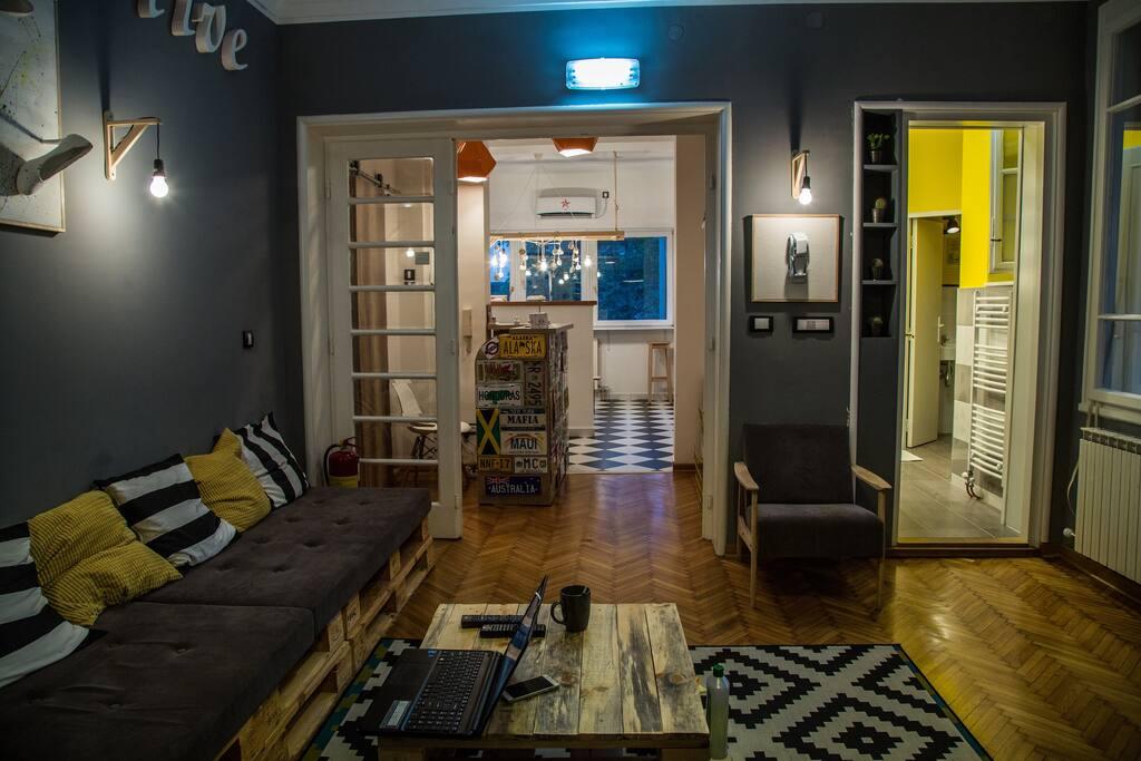 Living room/ chill room