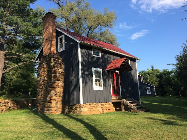 The Cottage at Mulberry Springs - Stanardsville - Huis