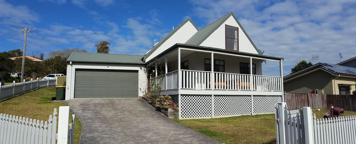 Beautiful Beach House - Gerringong - Hus
