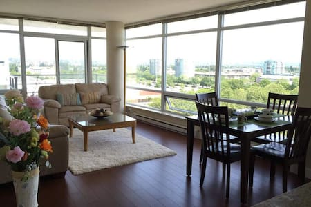 Gorgeous view apartment for rent - Richmond - Apartment