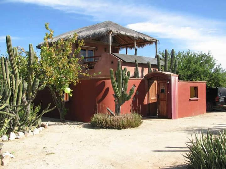 Cabo Pulmo ~ Casa Cactus ~ 2 Suites/Views/Peaceful