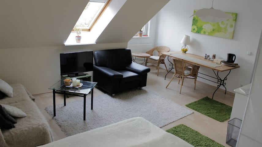 Pretty Guestroom near Messe Berlin