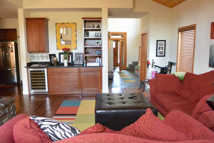 Beautiful & Spacious Townhouse/2 bdrms available - Truckee - Casa a schiera