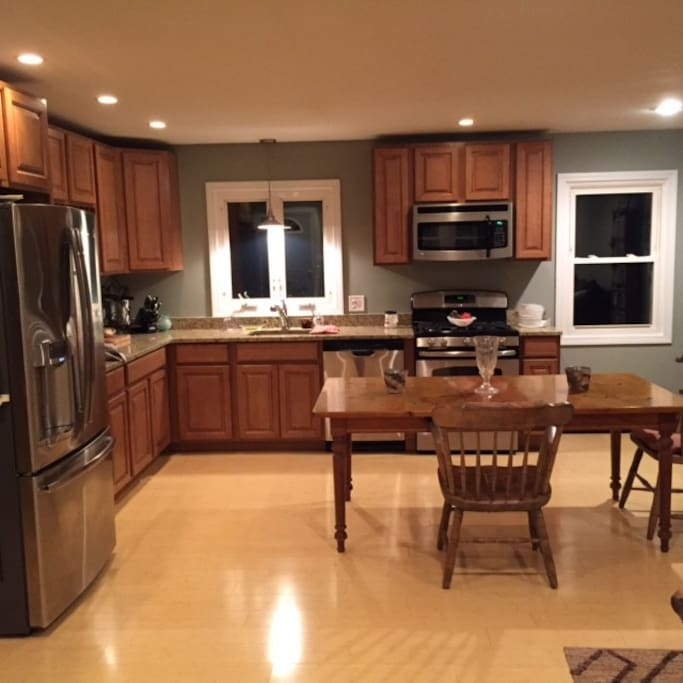 Kitchen / Social