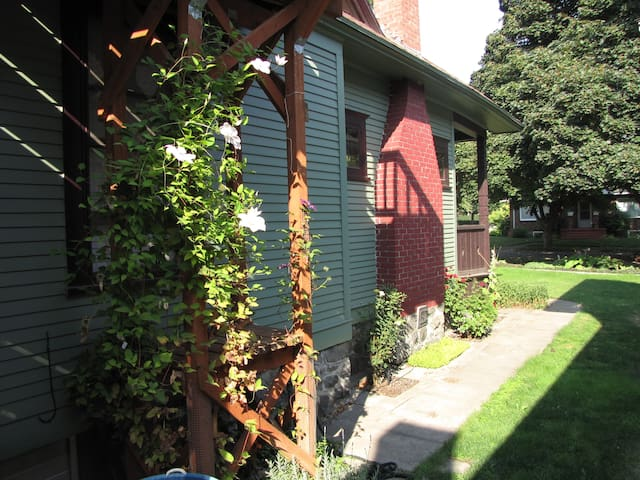 Close to River & Bike Trail! - Spokane - Huis