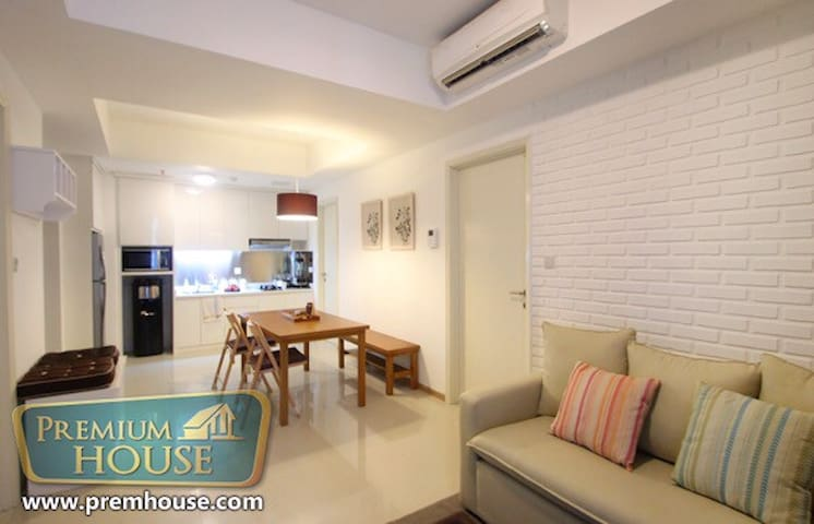 Cozy2BR next to KotaKasablanka Mall