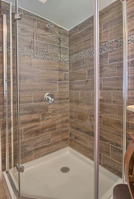 Newer Corner Shower