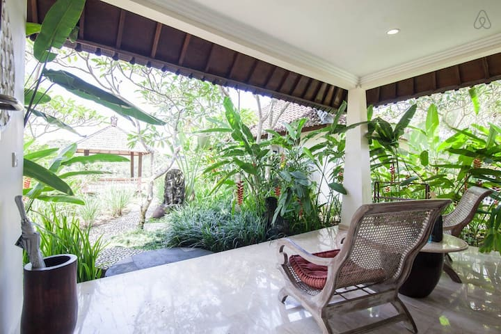 Sunset Hill Ubud Villa