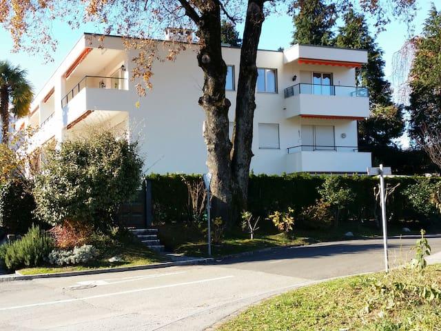 grosse 3 1/2 Zimmer Wohnung - Ascona - Apartment