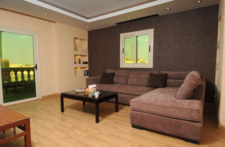 Pyramids Relax Stylish Apartment.