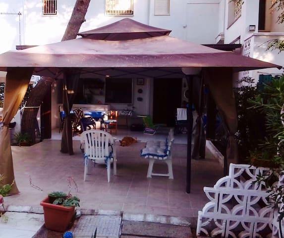 Appartamento in villa sotto i pini - Castellaneta Marina - Byt