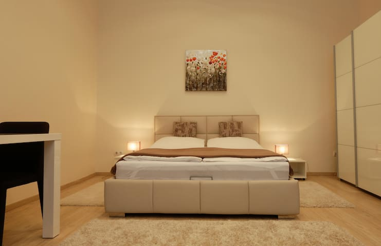 apartment 1 double bed