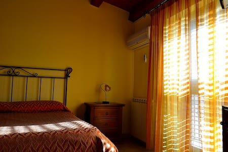 Camera doppia/matrimoniale in B&B - Palermo