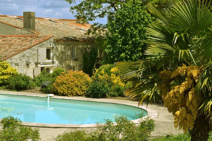Le Moulin de Mouron - benet - Bed & Breakfast
