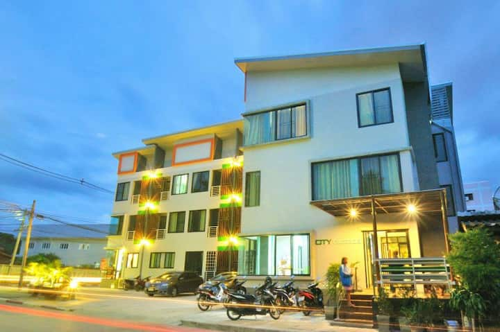 City Ratsada Apartment