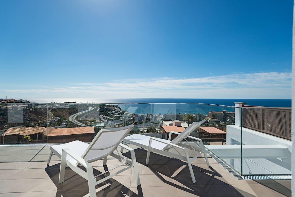 Terrace views/ vistas desde la terraza