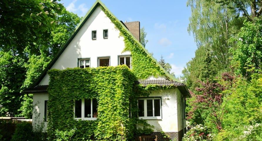 Ferienwohnung WeinStock&SonnenHut - Königs Wusterhausen Ot Senzig - Rumah