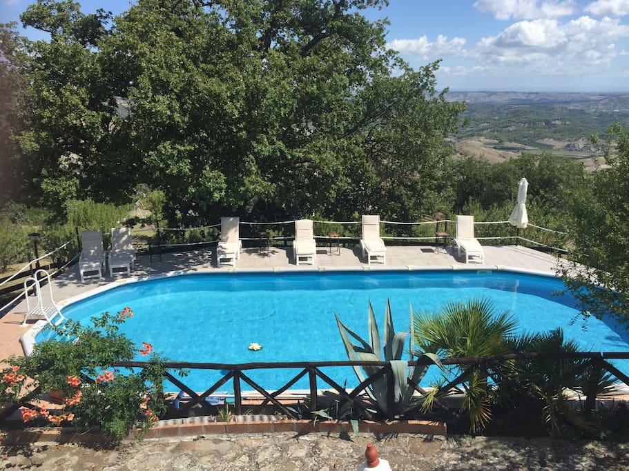 Agriturismo antica masseria lucana pernottamento e - Agriturismo con piscina basilicata ...