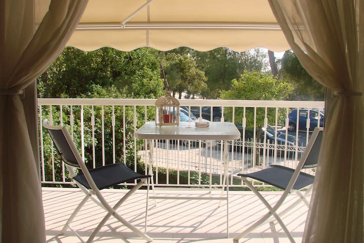 Vouliagmeni Seaside Apartment - Vouliagmeni - 公寓
