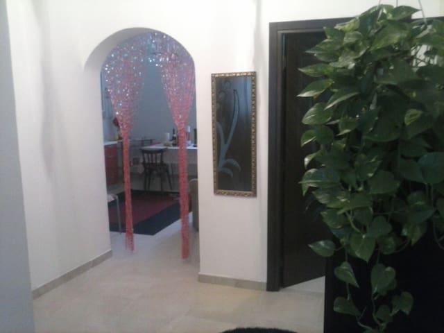 A dieci minuti dal lungomare - Taranto - Apartment