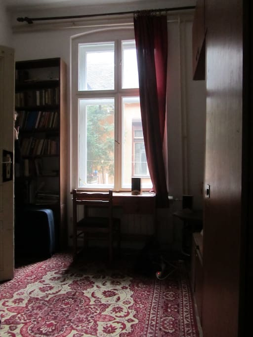 Bedroom with a view to the inner garden