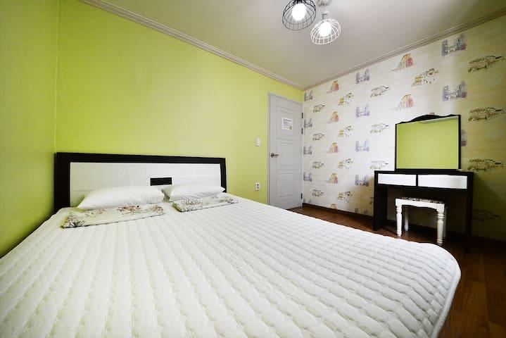 Double Bedroom - Wonhyo-ro 52beon-gil, Gyeongju-si - Bed & Breakfast